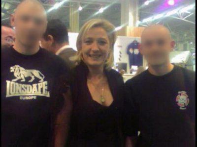 Marine le Pen avec deux hooligans