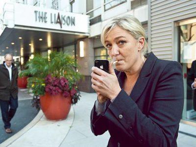 Marine le Pen et sa clope